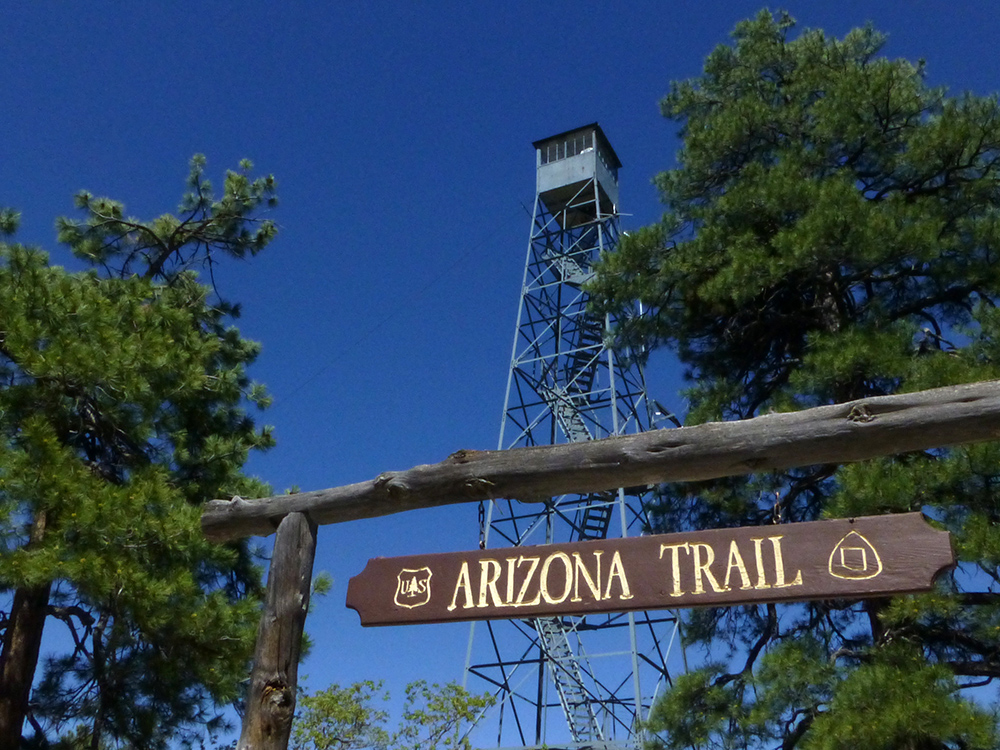 Grandview Lookout with Arizona Trail Sign