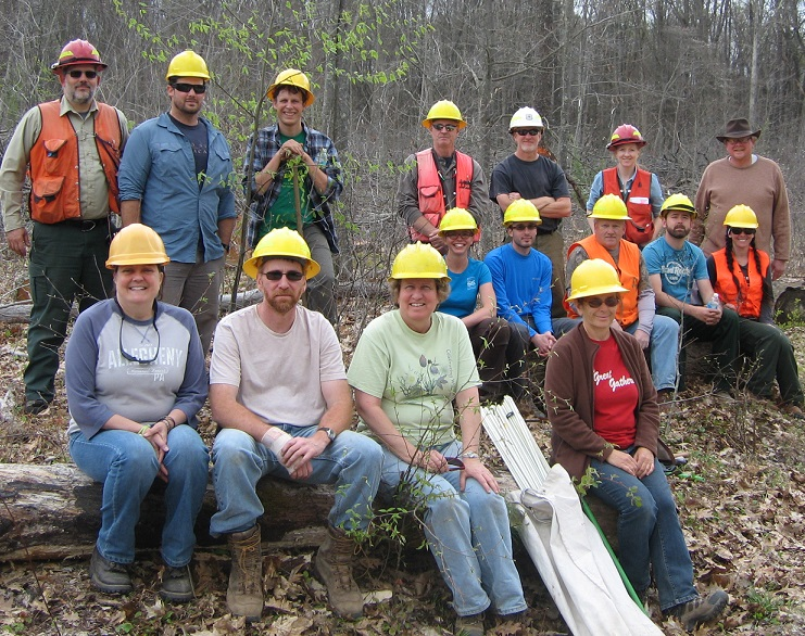 ANF employees who planted chestnuts on the forest