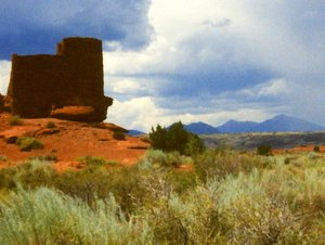 Wukoki ruin with San Francisco Peaks in the distance, Wupatki National Monument