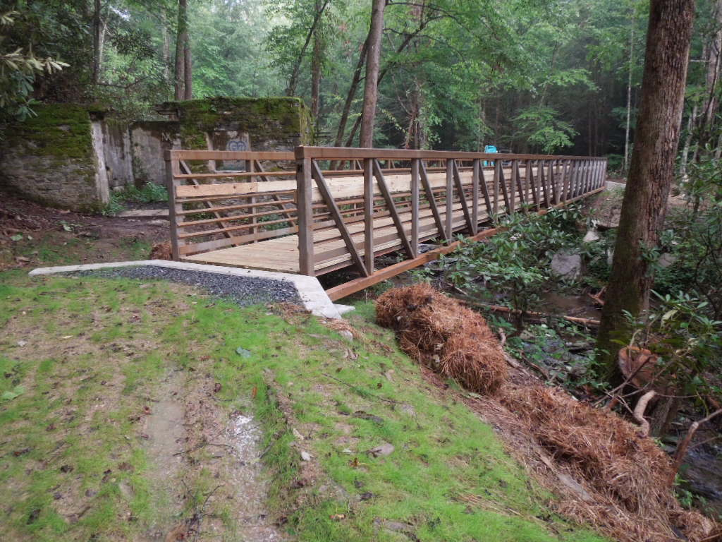 A new footbridge over the Catawba River was installed in July, 2016