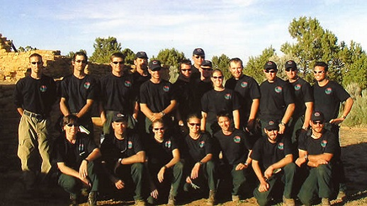 2001 Roosevelt Hotshots pose in a group picture