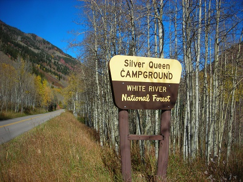 Entrance sign to Silver Queen Campground.