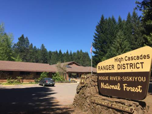 High Cascades Ranger District office