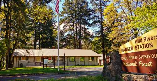 Wild Rivers Ranger District Office