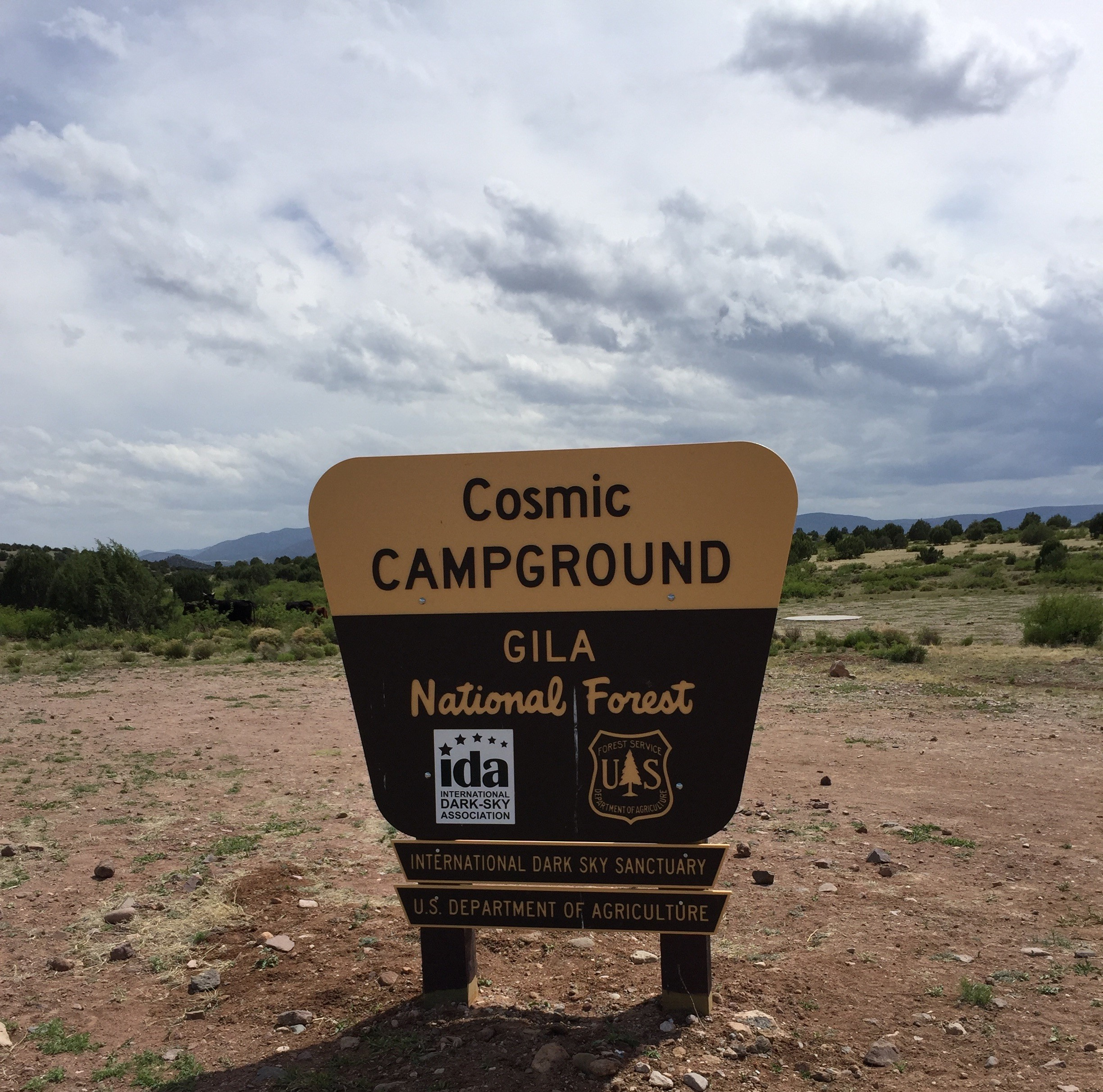 photo-Cosmic CG sign
