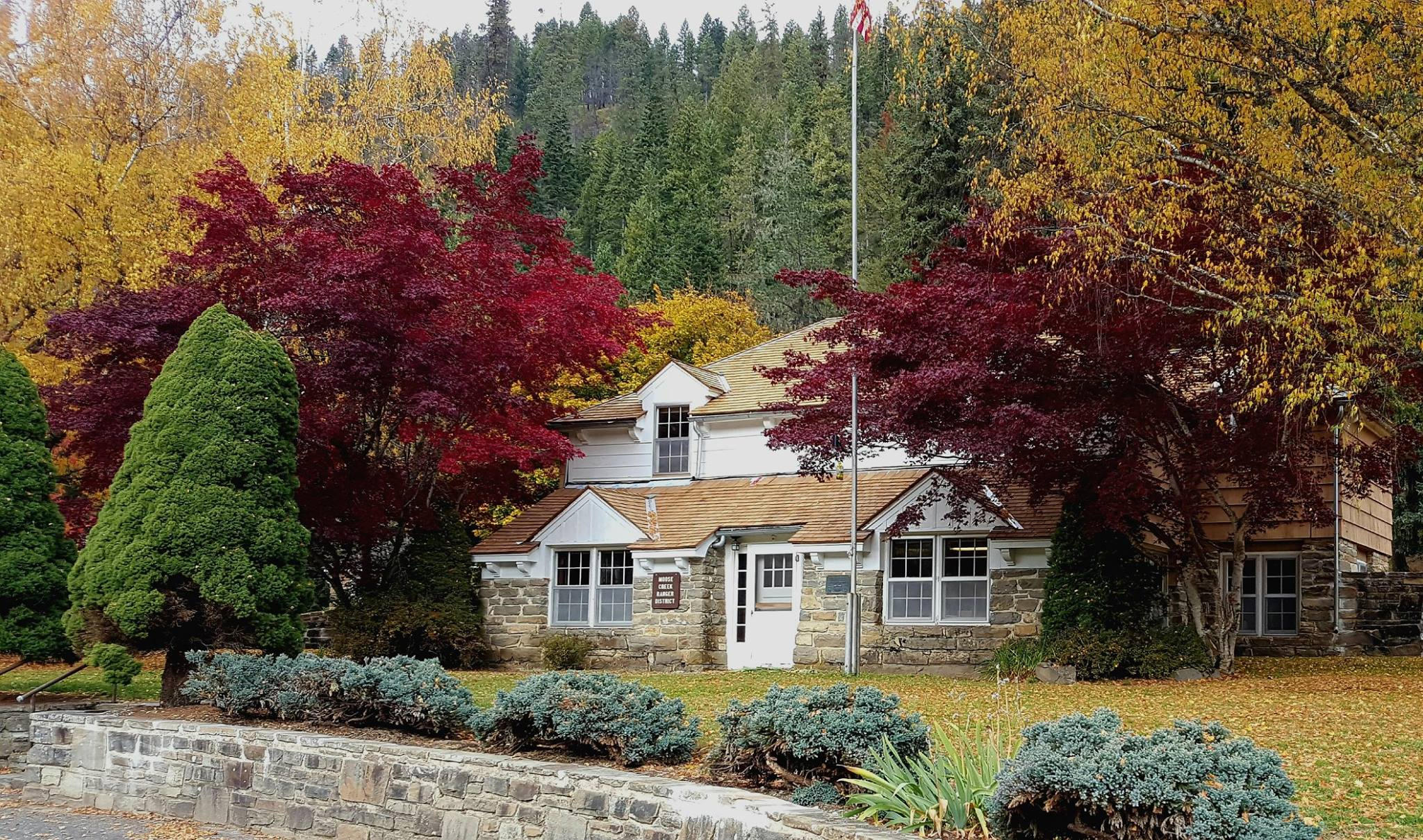 Fenn Ranger Station with autumn leaves