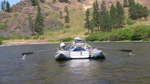 A rafter floats down the Grande Ronde River