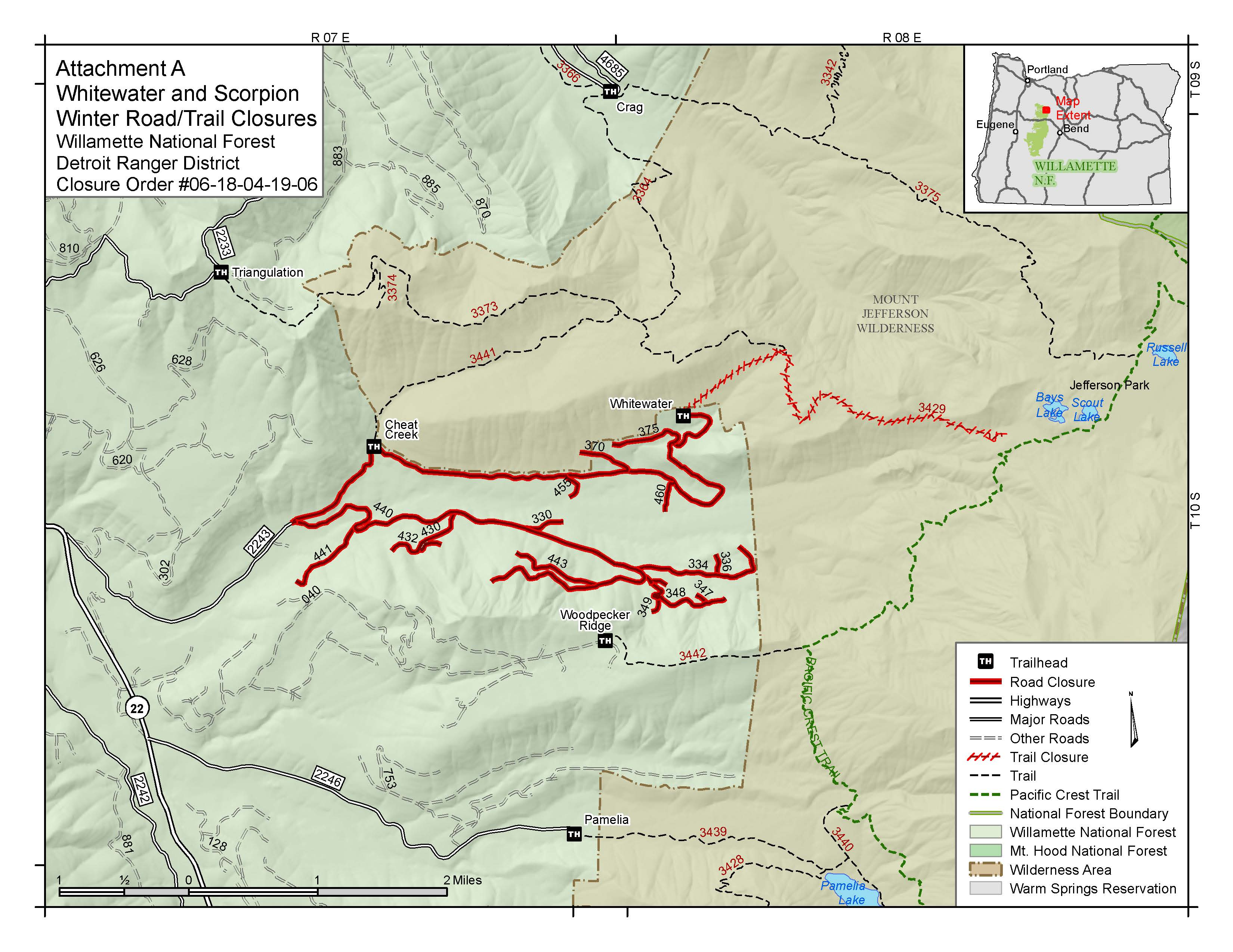 a link to a map showing closed roads and trails in the whitewater fire area