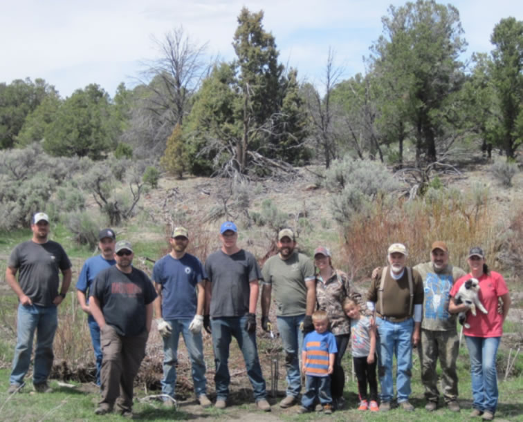Dedicated Hunters and Other Volunteers Plant Willows on Threemile Creek
