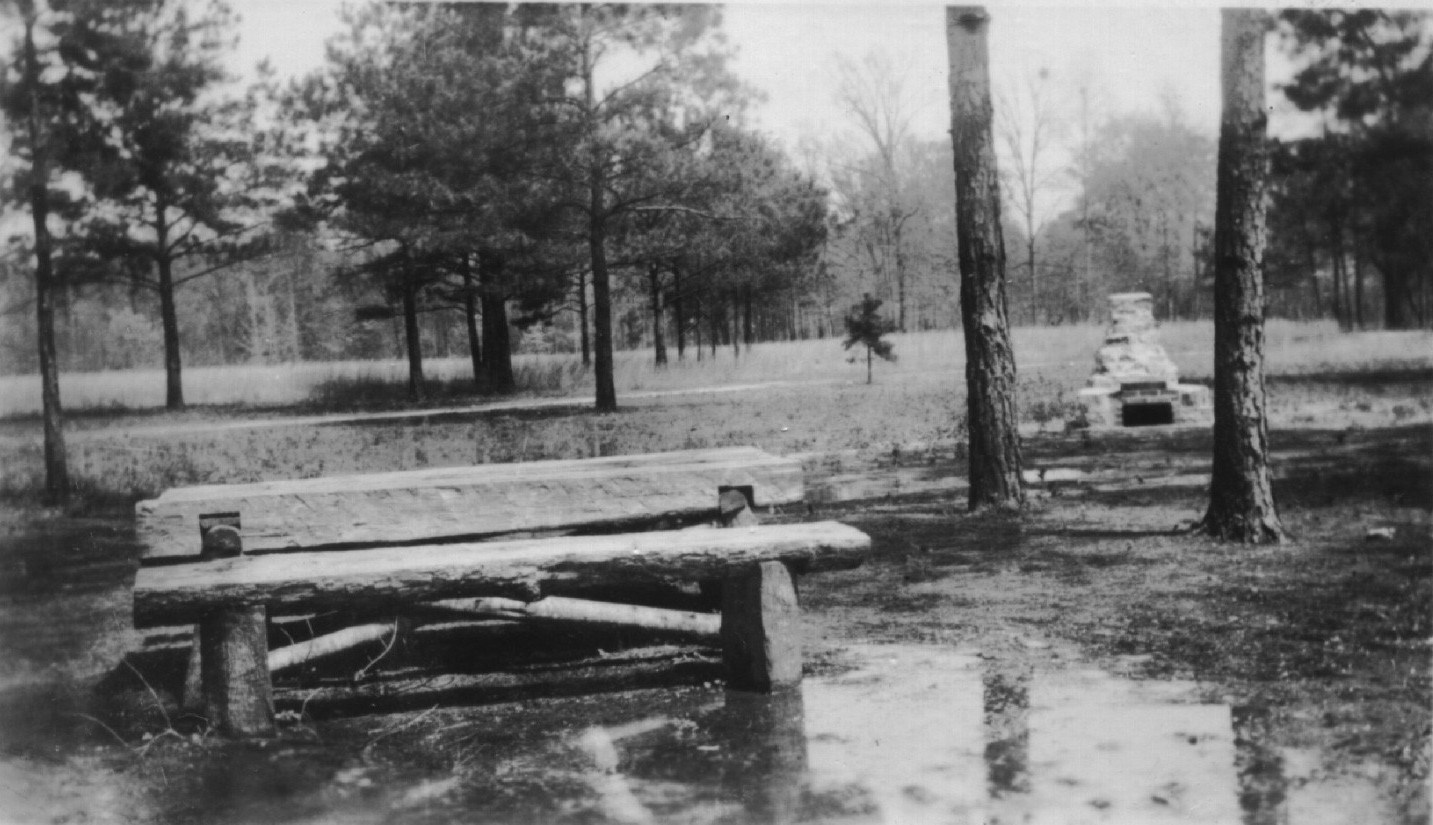 Districts: History - Tuskegee NF Photo 1