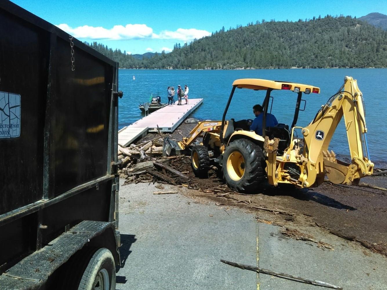 Shasta Recreation Company performing debris mitigation on Shasta Lake.