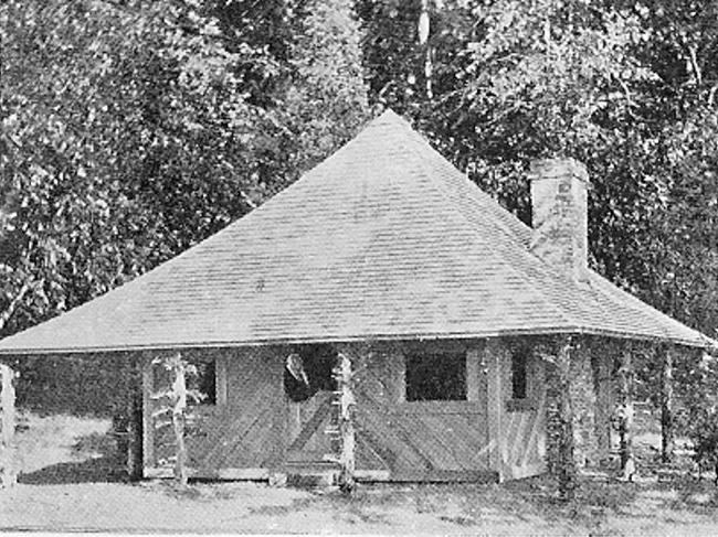 Forest Archives photo of the Queen's Castle at Fossenvue Camp