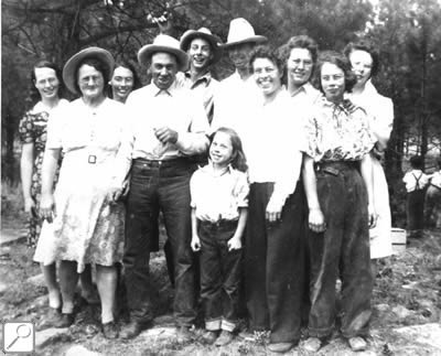 Swett Family 1944 - Back row (left to right): Mary, Irma, Louis, Tom, Idabell, Verla