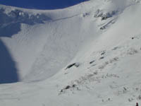 Skier-triggered avalanche at Tuckerman's Ravine.