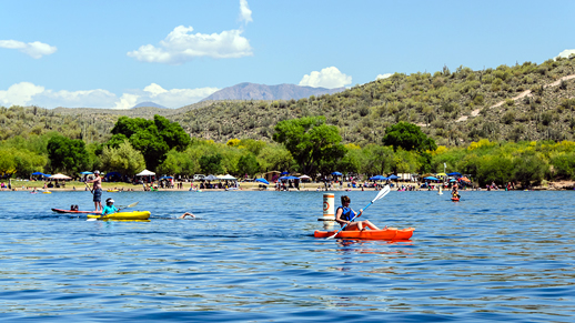 Saguaro Lake - Kayakers