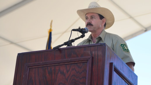 Humboldt-Toiyabe National Forest Supervisor Bill Dunkelberger welcomed guests to the Spring Mountains Visitor Gateway grand opening.