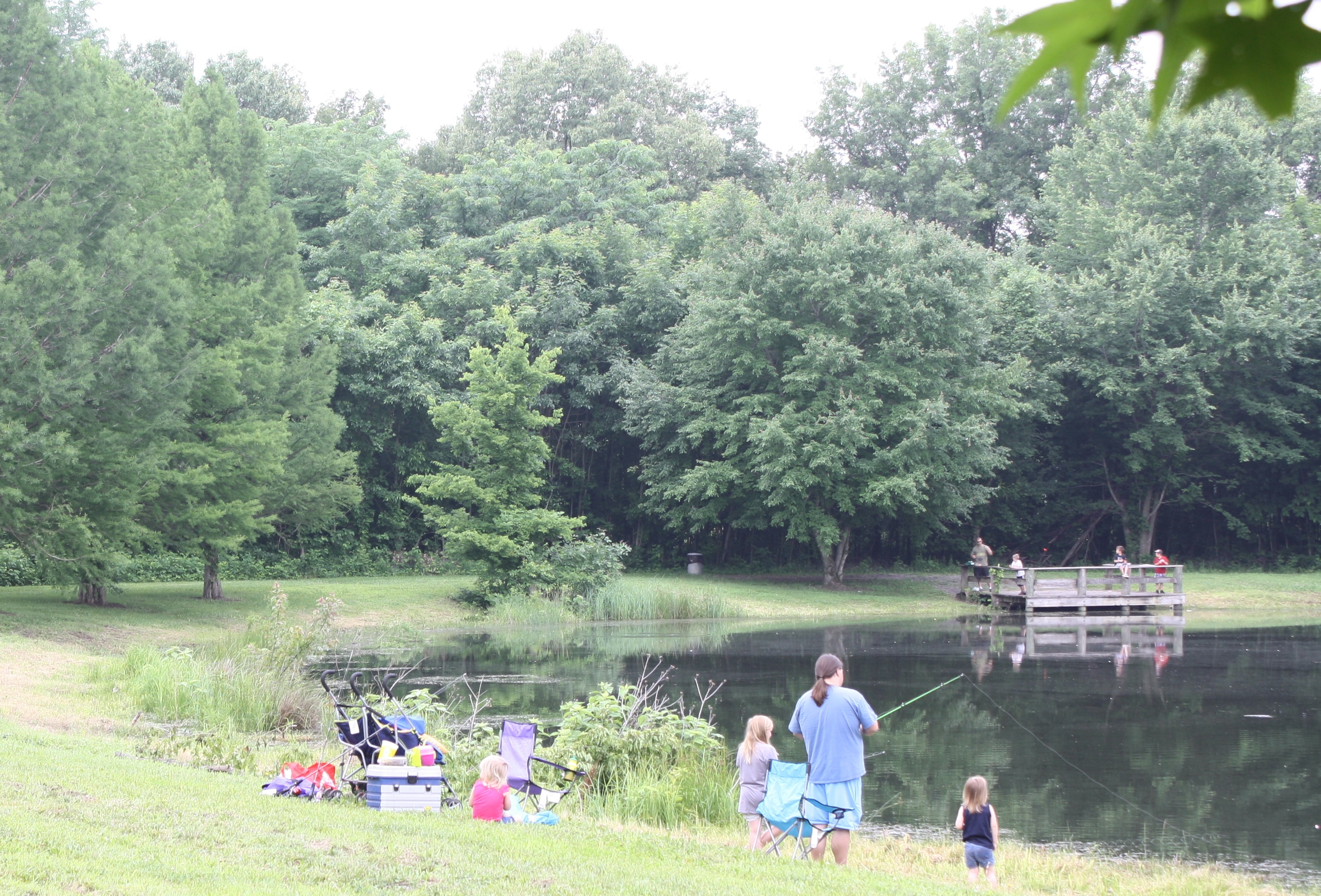 families fishing at Oakwood Bottoms Pond