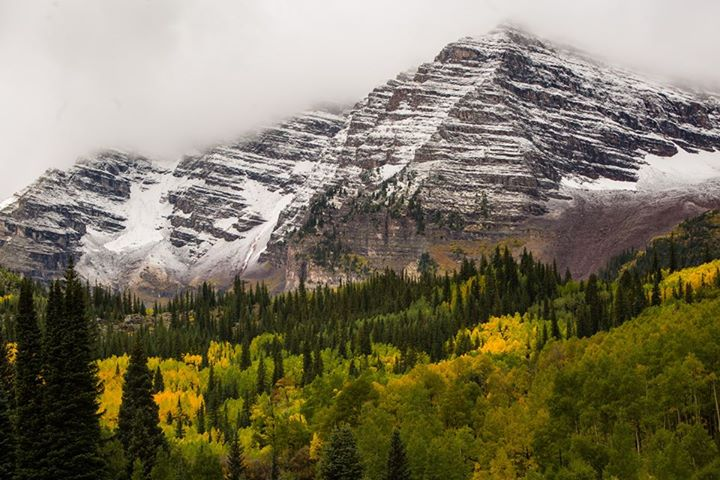 First snow fall over the Maroon Bells with fall color!