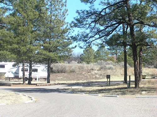 Spaces for trailers and RVs at Upper End Campground