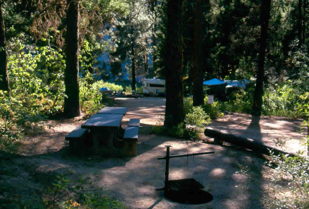 Queens River Campground