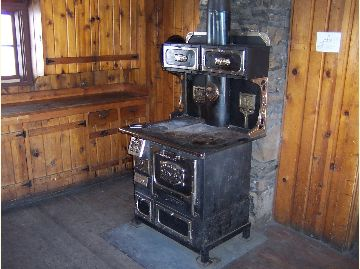 Battle Ridge Cabin - Stove