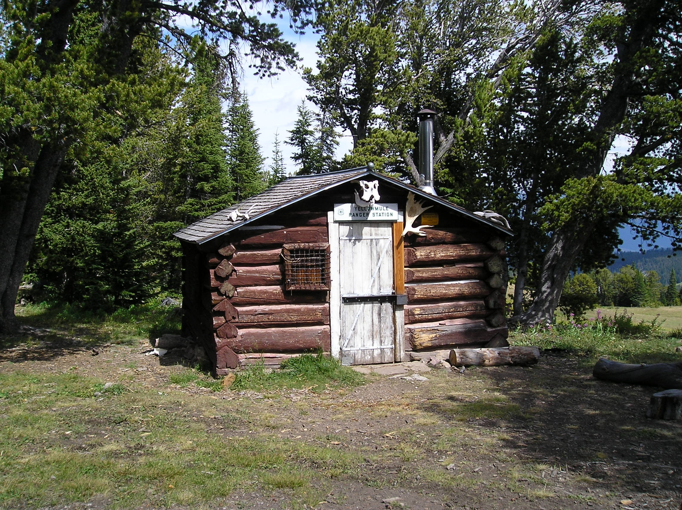 custer gallatin national forest yellow mule cabin