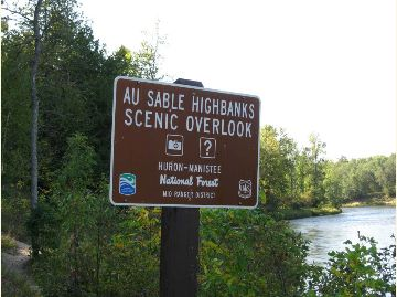 Sign located at the Highbanks Overlook