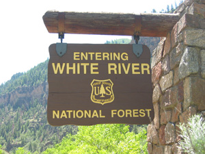 White River sign