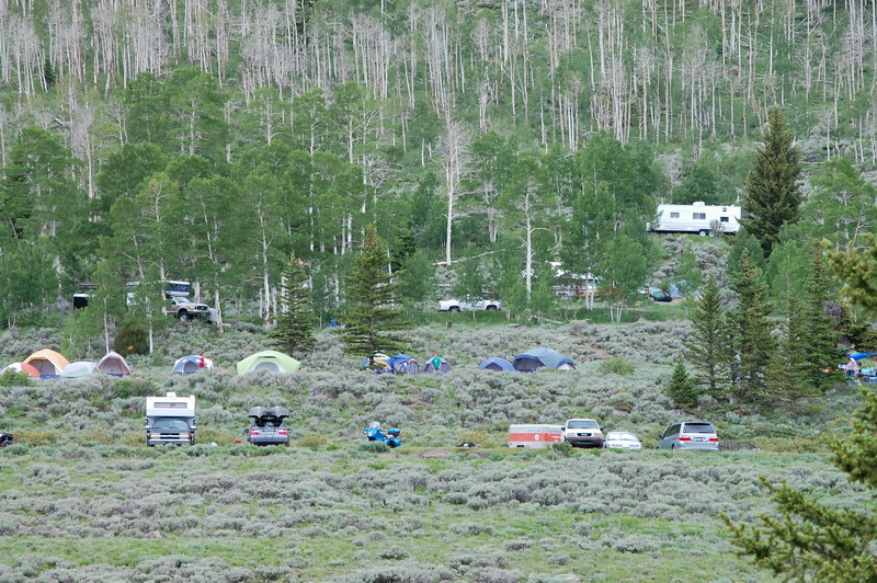 Image of campers with tents, RVs and trailers