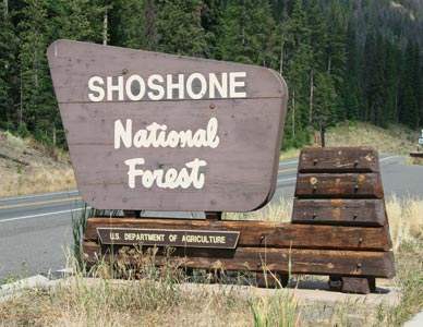Photo of a sign of Shoshone National Forest