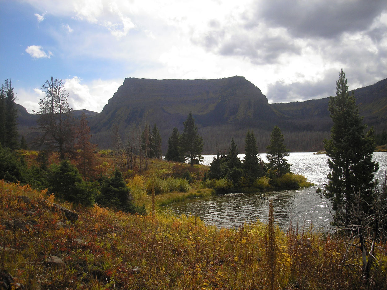 Trappers Lake Ampitheatre in the Flat Tops Wilderness, image courtesy of Lynn Lockwood