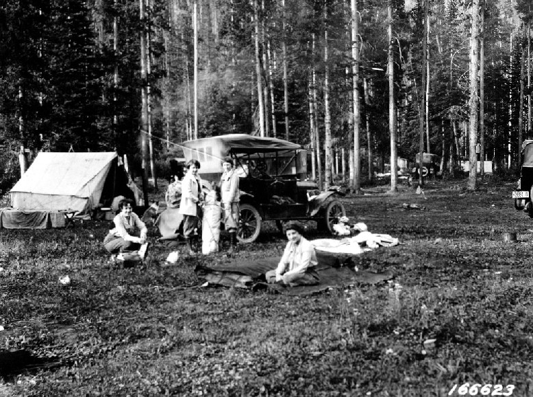 Women camping in the 1920s