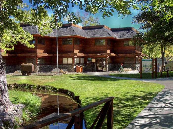 White Mountain Ranger Station and Visitor Center in Bishop, CA