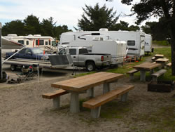 OHV Camping at Horsfall with picnic tables and RVs
