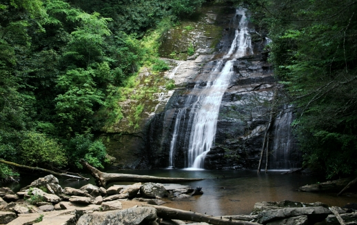 Viewing Scenery landing photo. The stunning upper falls of the Helton Creek Campground.