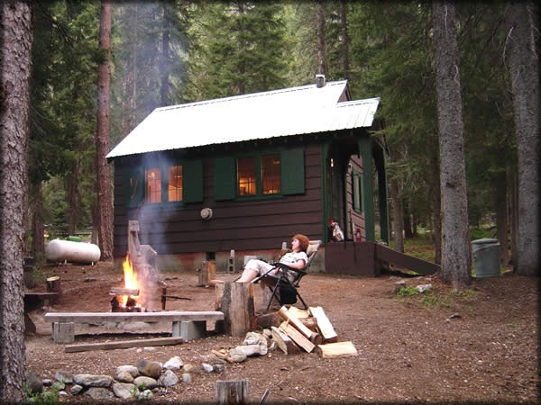 Okanogan-Wenatchee National Forest - Camping & Cabins:Cabin