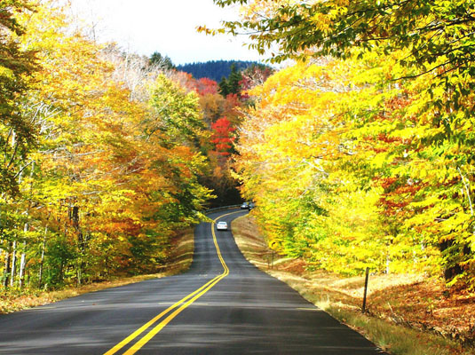 Scenic fall drive on the Kancamagus Byway
