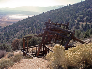 Old mining structure on Gold Mountain above Baldwin Lake