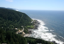 photo of view from cape perpetua looking south over the pacific ocean from Whispering Spruce trail