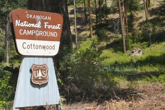 Cottonwood Campground Sign1