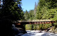 New Suiattle River trail bridge for the Pacific Crest Trail. Photo by Gary Paull, US Forest Service