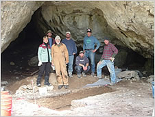 Photo of workers in the Helena Horse Thief Cave exploration.