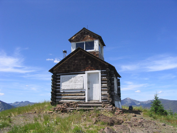 Hornet Lookout Rental Cabin