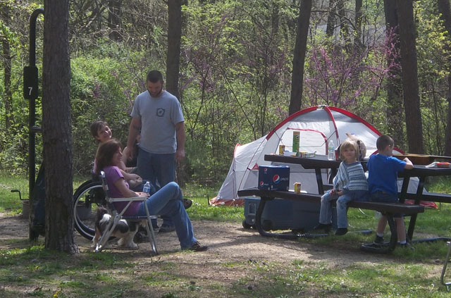 Family enjoy outdoors at pine ridge campground facility