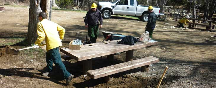 Middle Lion Campground picnic table before plank replacement and excavation