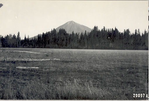 31-w-5-10-mt-mcloughlin-from-big-elk-1913.jpg