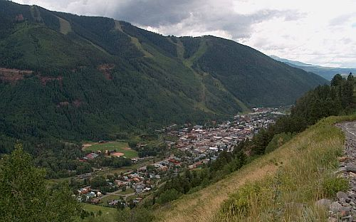Image of aerial view of town of Telluride