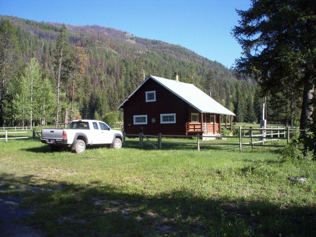 Cascade RD - Johnson Creek Cabin - Summer