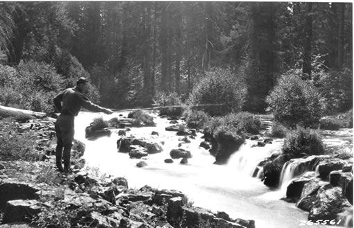 54-y-5-7-2-rogue-river-above-woodruff-bridge-ca-1930.jpg