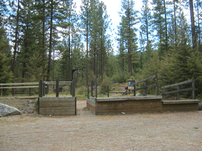 Image of Rock Creek Trailhead with stock ramps.